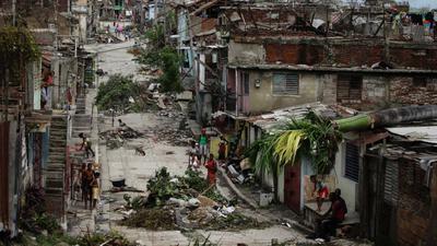 hurricane-gilbert-in-jamaica-1988