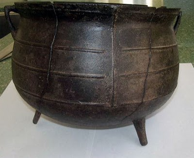 three-legged-iron-pot