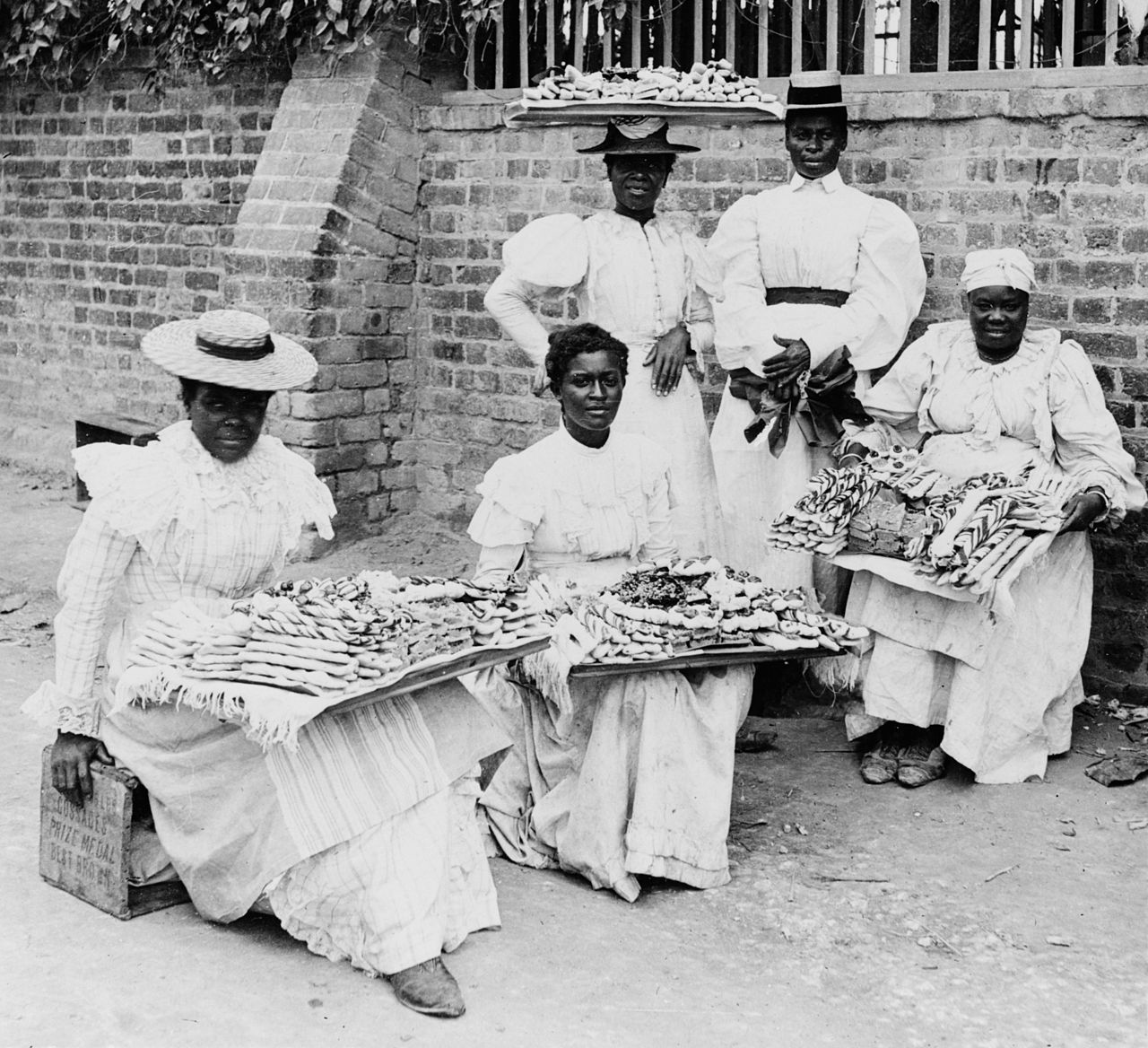 women-selling-desserts-in-kingston-1899